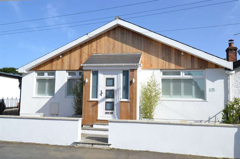 3 Bedrooms Semi Detached Bungalow for sale in Kingsdown Park, Tankerton, Whitstable