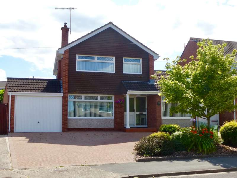 4 Bedrooms Detached House for sale in Court Farm Road Whitchurch, Bristol, BS14