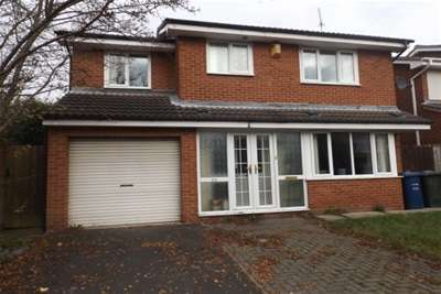 4 Bedrooms House for rent in Emblehope Drive, Gosforth