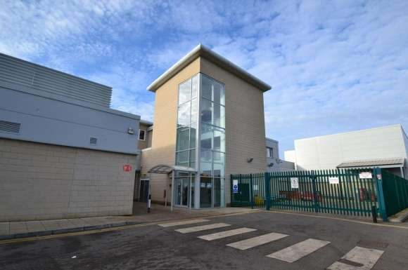 2 Bedrooms Apartment Flat for sale in Misterton Court, Peterborough