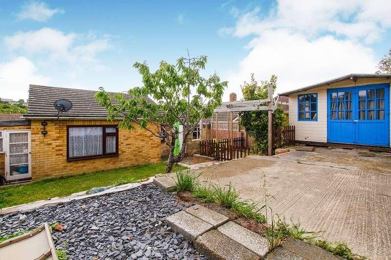 3 Bedrooms Detached Bungalow for sale in Wellington Road, Newhaven, BN9