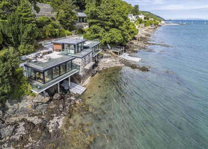 4 Bedrooms Property for sale in The Beach House, Glyn Garth, Menai Bridge