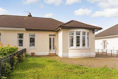 3 Bedrooms Bungalow for sale in Glasgow Road, Paisley