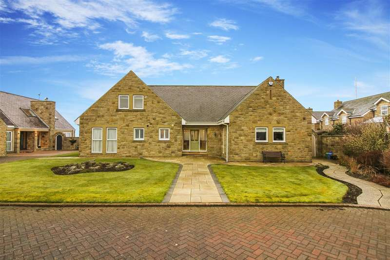 5 Bedrooms Detached Bungalow for sale in Old Hartley, Old Hartley, Whitley Bay