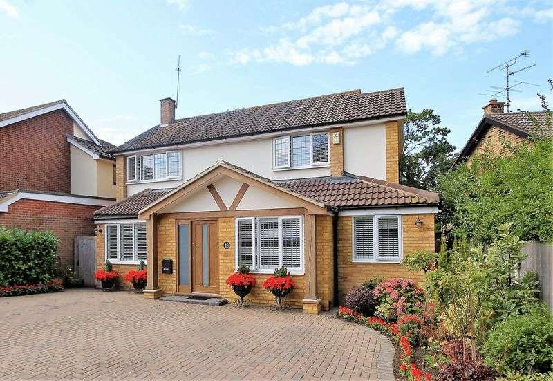3 Bedrooms Property for sale in Haywards Close, Hutton Village