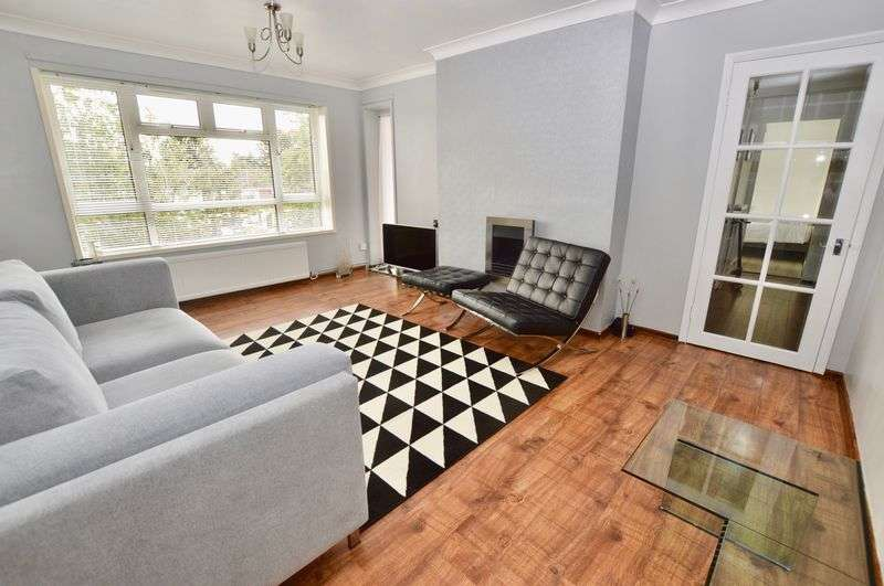 2 Bedrooms Property for sale in Paston Ridings, Peterborough