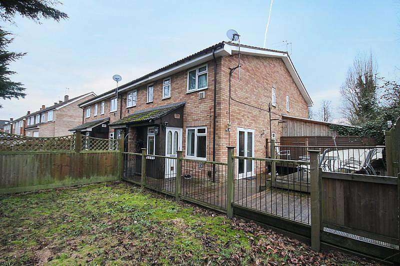 1 Bedroom End Of Terrace House for sale in Tall Trees, Colnbrook, SL3