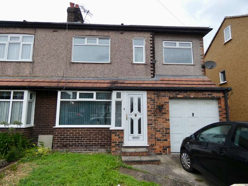 4 Bedrooms Semi Detached House for sale in Halegate Road, Widnes, Cheshire, WA8