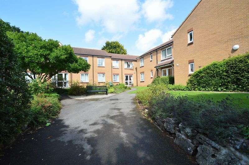 2 Bedrooms Property for sale in School Road, Wrington