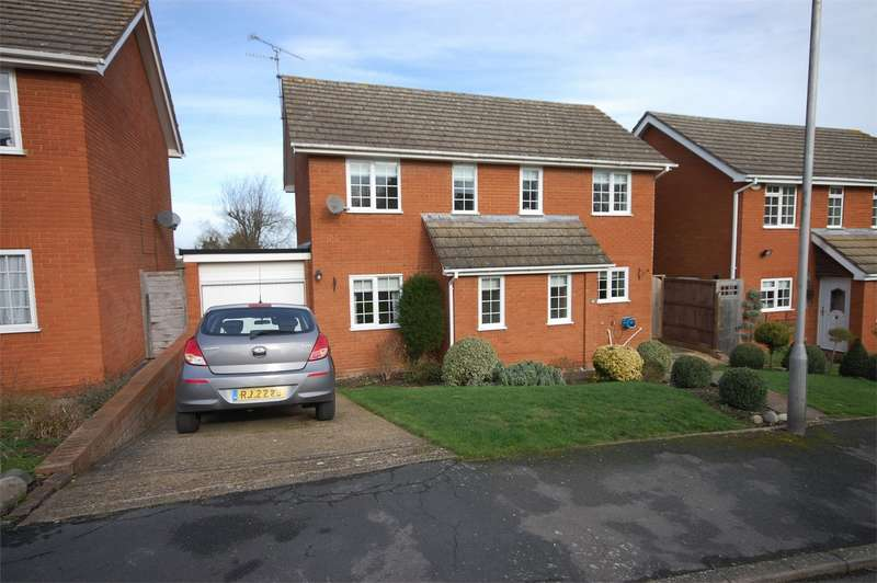 4 Bedrooms Detached House for sale in Cottage Grounds, Stone, Buckinghamshire