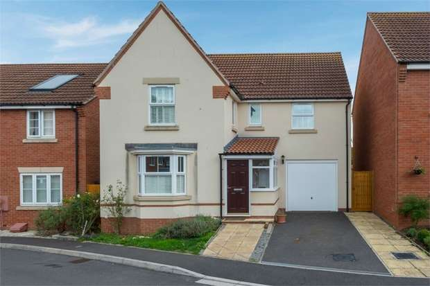 4 Bedrooms Detached House for sale in Fowen Close, Street, Somerset
