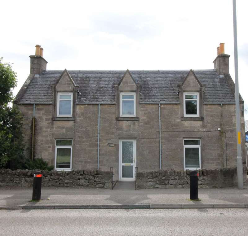 3 Bedrooms Detached House for sale in Inverness Road, Nairn