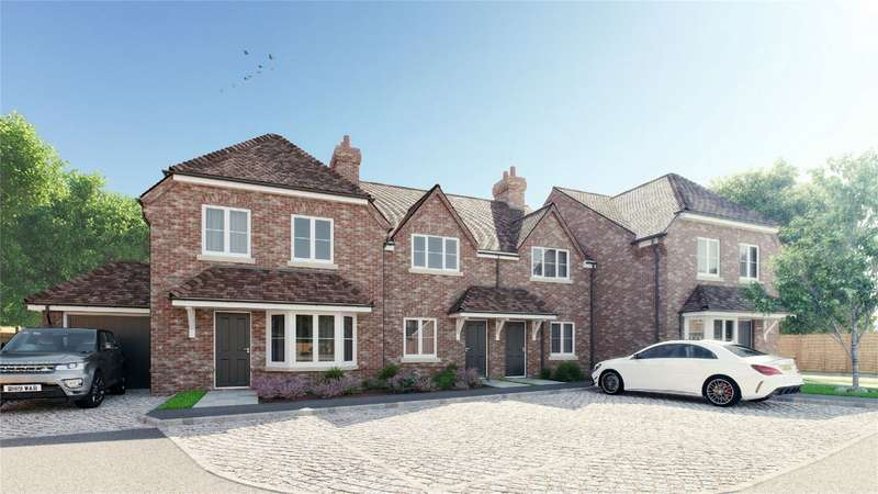 3 Bedrooms End Of Terrace House for sale in Beaumont Court, New Street, Waddesdon, Buckinghamshire