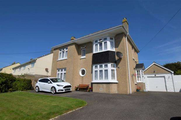 6 Bedrooms Detached House for sale in Porth Bean Road, Newquay, Cornwall