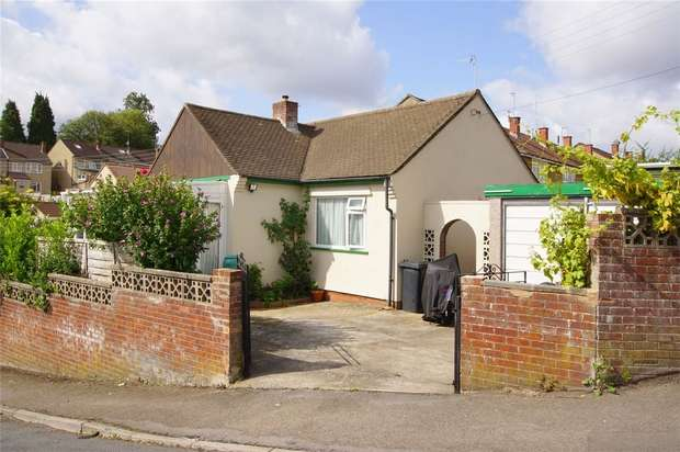 3 Bedrooms Detached Bungalow for sale in 139 Orchard Road, Kingswood, Bristol