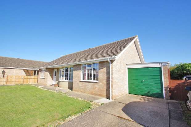 Bungalow for sale in Springfield Road, Sleaford, Lincolnshire, NG34 9HG
