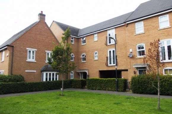 1 Bedroom Property for rent in Studio Apartment on Crackthorne Drive