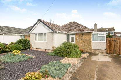 3 Bedrooms Bungalow for sale in Beverley Drive, Prestatyn, Denbighshire, ., LL19