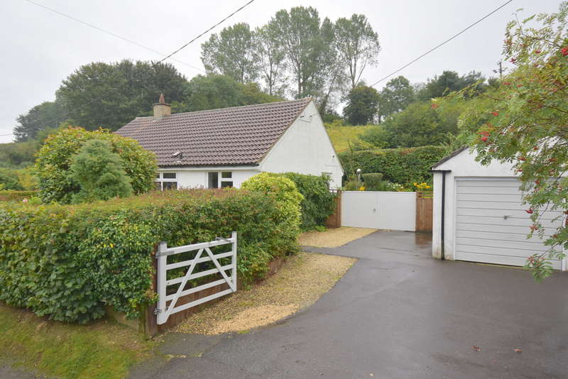2 Bedrooms Detached Bungalow for sale in Wincanton, Somerset, BA9