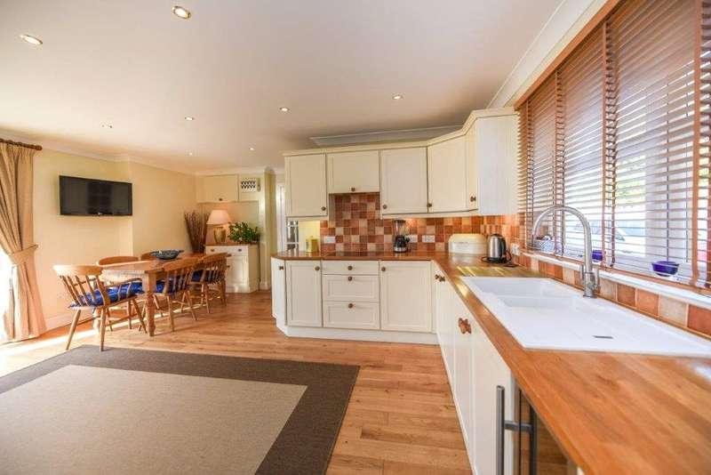 4 Bedrooms House for sale in The Torrs, Portling, Portling, DG5