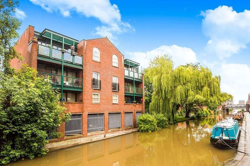 2 Bedrooms Flat for sale in Leadworks Lane, Chester, CH1