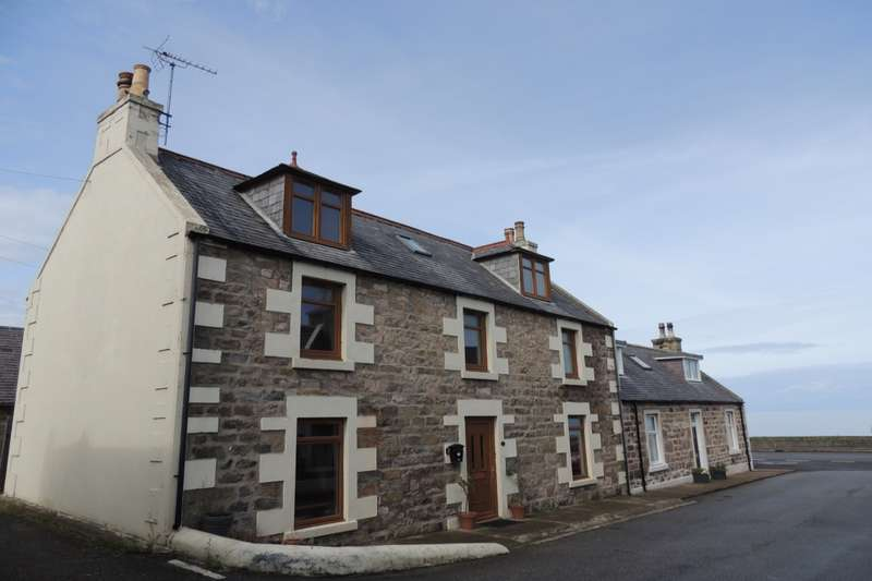 4 Bedrooms Semi Detached House for sale in Craigenroan Place, Buckie, Banffshire, AB56