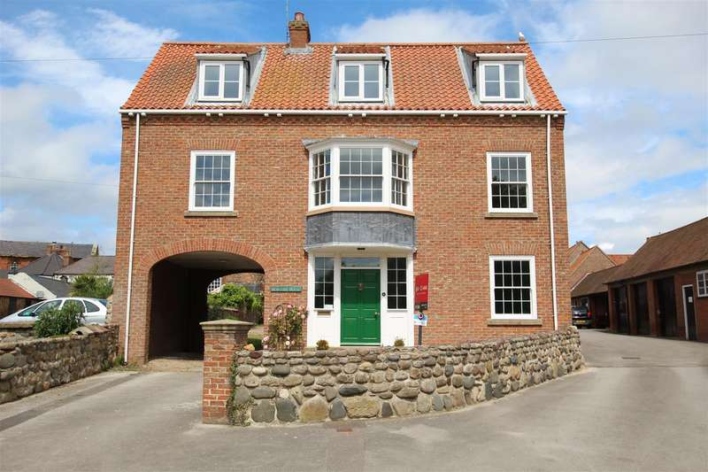3 Bedrooms Detached House for sale in Mereside, Hornsea