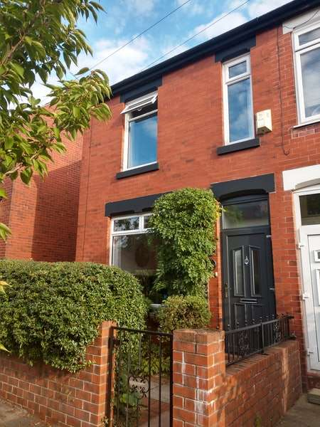 3 Bedrooms Semi Detached House for sale in Lorland Road, Stockport, Greater Manchester, SK3