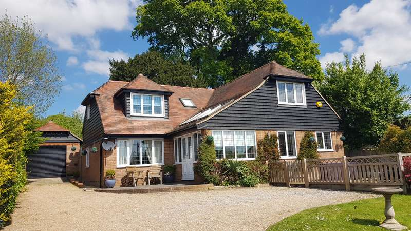 3 Bedrooms Detached House for sale in NEWENDEN