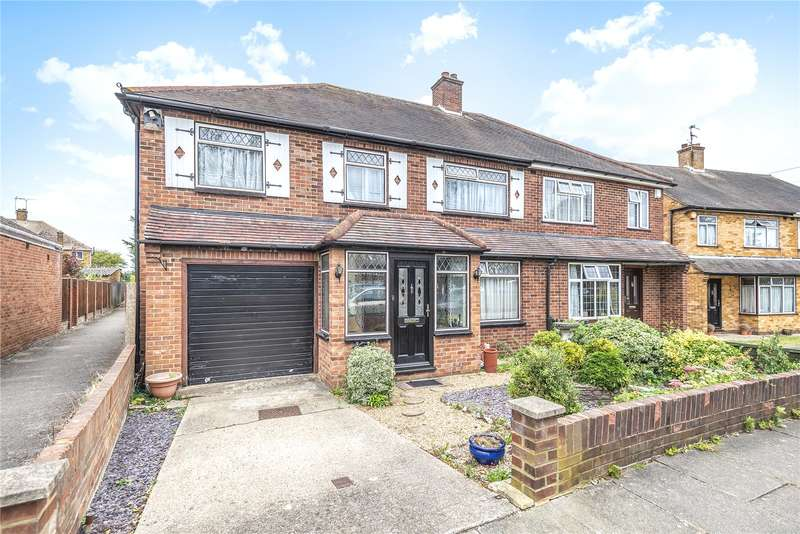 5 Bedrooms Semi Detached House for sale in Meadow View Road, Hayes, Middlesex, UB4