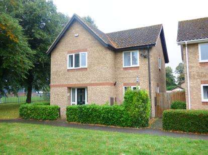 4 Bedrooms Detached House for sale in Derby Drive, Peterborough, Cambridgeshire