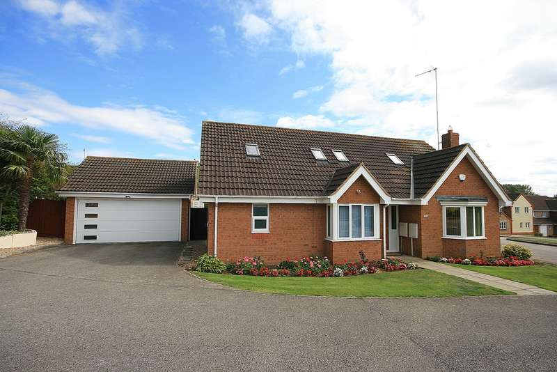 3 Bedrooms Detached House for sale in Brookend, Wootton, Northampton, NN4