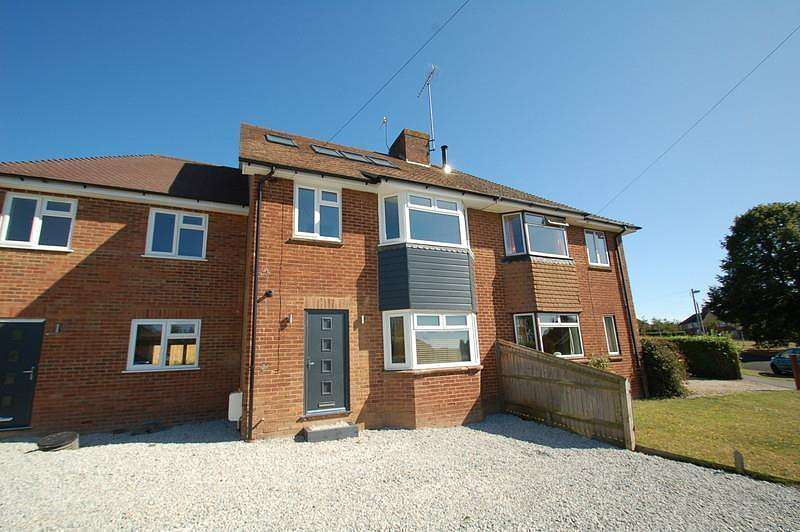4 Bedrooms Terraced House for sale in Waborne Road, Bourne End, SL8