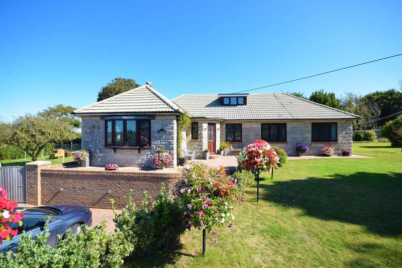 4 Bedrooms Detached Bungalow for sale in Station Road, Ningwood