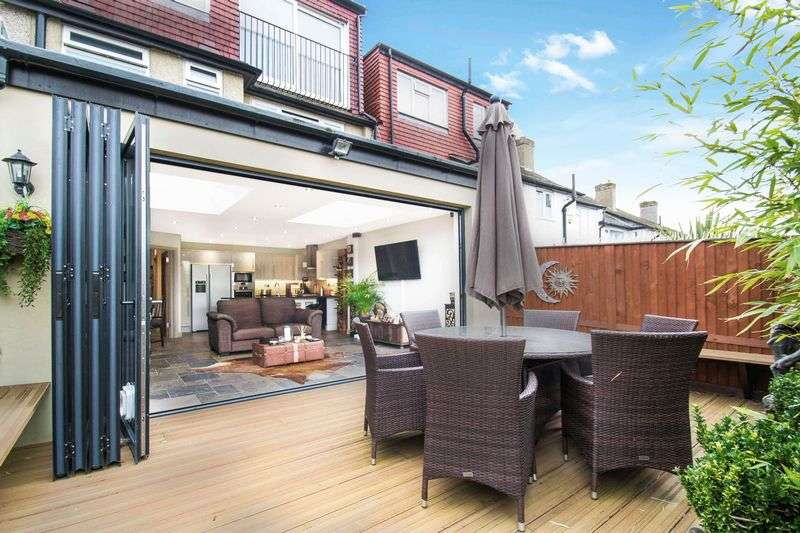 5 Bedrooms Property for sale in Thurleston Avenue, Morden