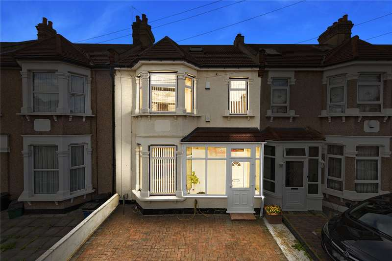 5 Bedrooms Terraced House for sale in Wards Road, Newbury Park, Ilford, IG2