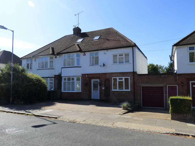 5 Bedrooms Semi Detached House for sale in Manton Drive, Luton