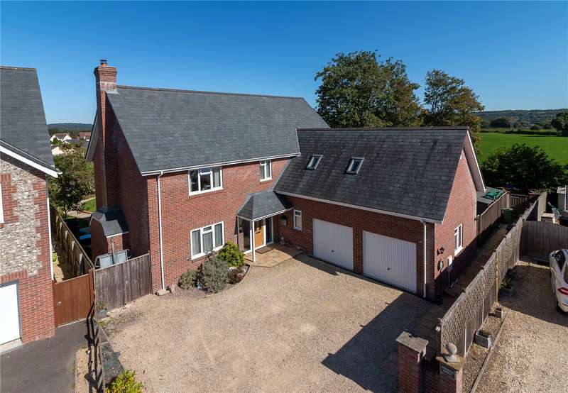 5 Bedrooms Detached House for sale in Holbear Grange, Forton Road, Chard, Somerset, TA20