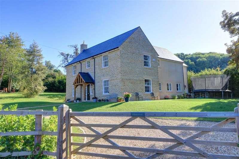 5 Bedrooms Property for sale in Hillside House, Dauntsey