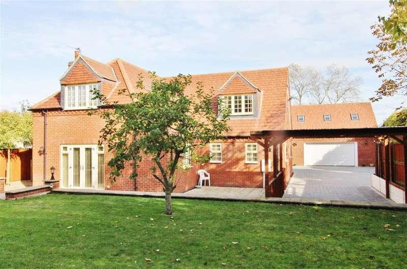 4 Bedrooms Detached House for sale in Manthorpe Road, Grantham