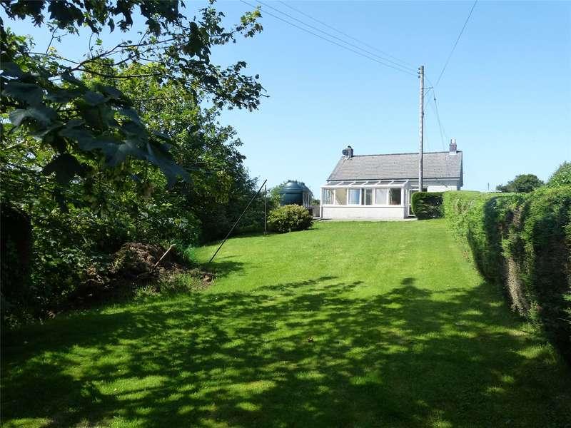 3 Bedrooms Detached Bungalow for sale in Llanteg, Efailwen, Clynderwen, Carmarthenshire