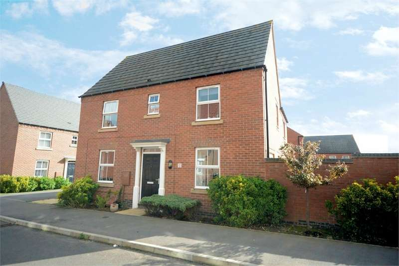 3 Bedrooms Semi Detached House for sale in Sedge Road, RUGBY, Warwickshire