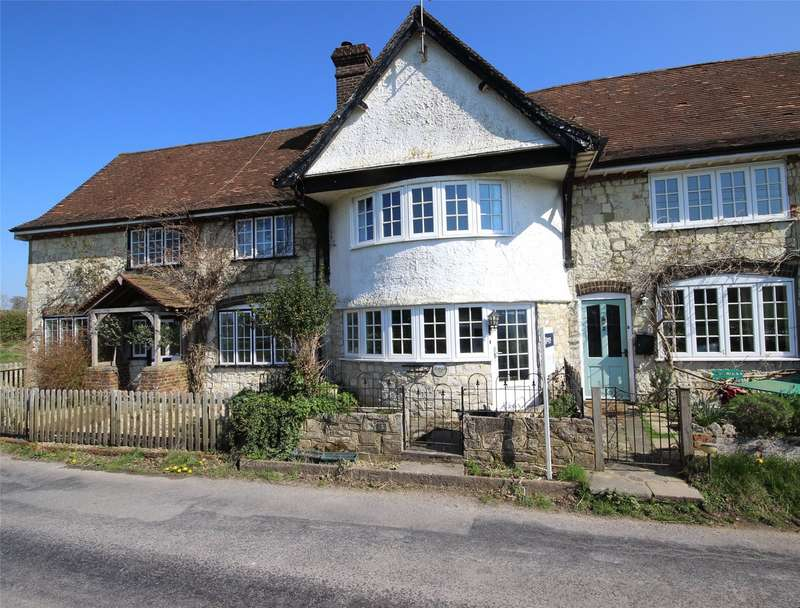 3 Bedrooms Terraced House for sale in Empshott Place, Empshott, Liss, Hampshire, GU33