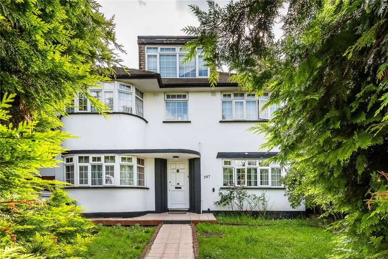 5 Bedrooms Detached House for sale in Leigham Court Road, London, SW16