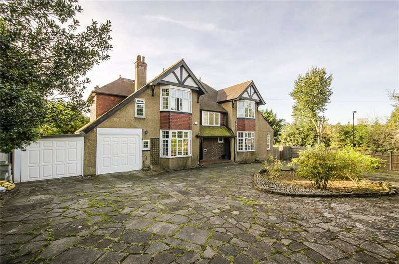 6 Bedrooms Detached House for sale in Gibsons Hill, London, SW16