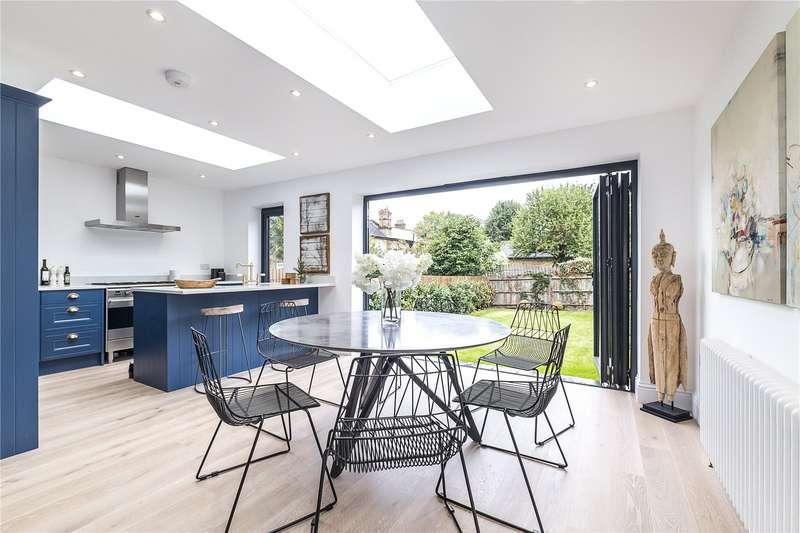 3 Bedrooms Flat for sale in Telford Avenue, London, SW2