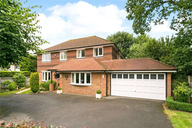 5 Bedrooms Detached House for sale in Woodlands Drive, Beaconsfield, HP9