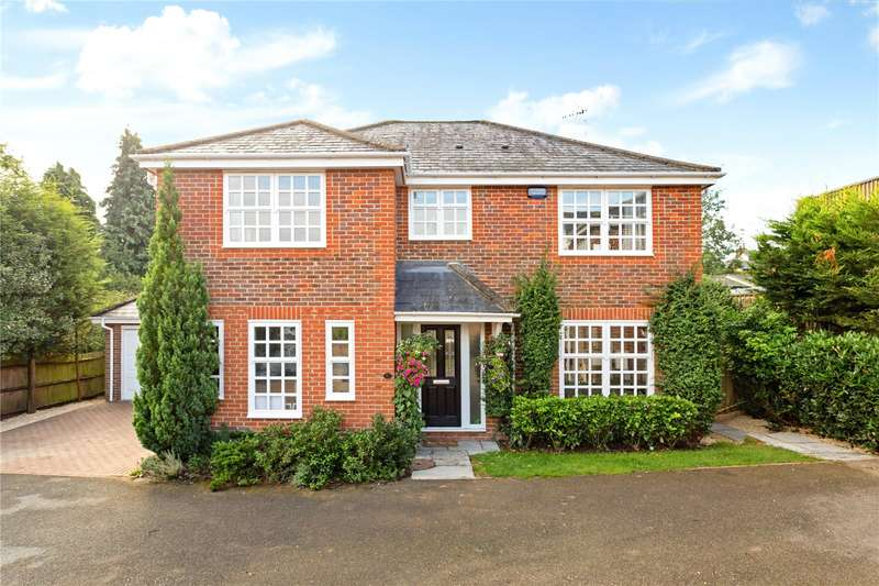 4 Bedrooms Detached House for sale in Kite Wood Road, Penn, Buckinghamshire, HP10