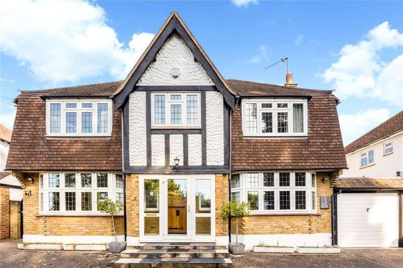 4 Bedrooms Detached House for sale in Chantry Hurst, Epsom, Surrey, KT18