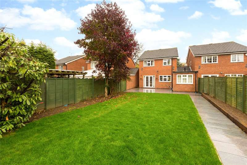 4 Bedrooms Detached House for sale in Bray Court, Maidenhead, Berkshire, SL6